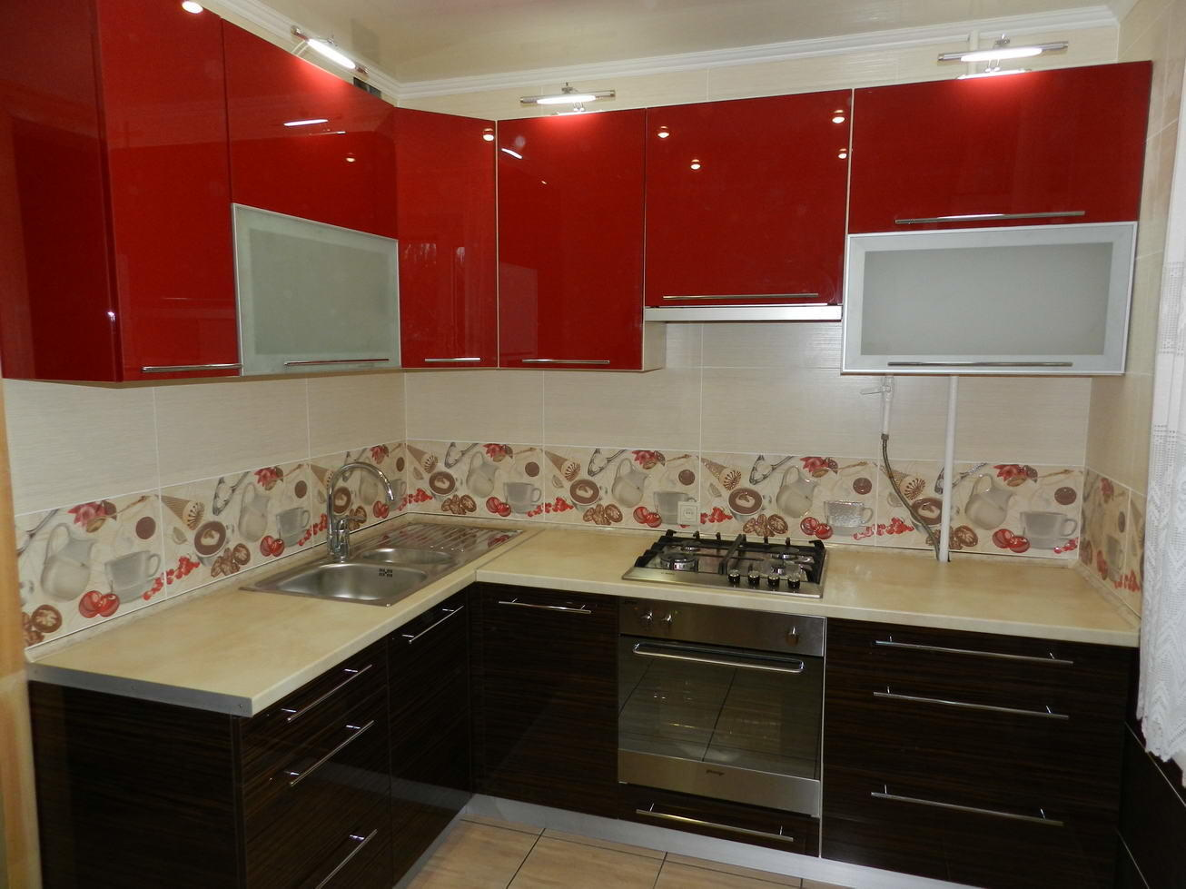 """Кухня """"Красный и зебрано"""" от компании 62 кухни"""